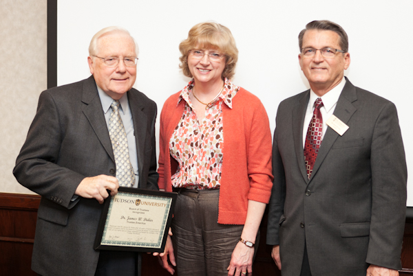 Didier Receives Symposium Award